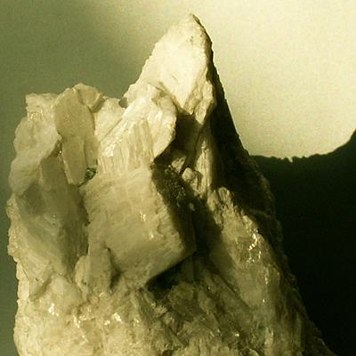 фотография минерала Волластонит