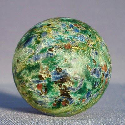фотография минерала Фуксит