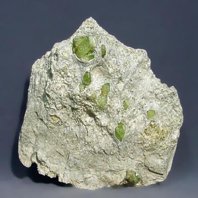 фотография минерала Хризолит