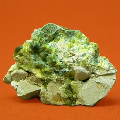 фотография минерала Вавеллит
