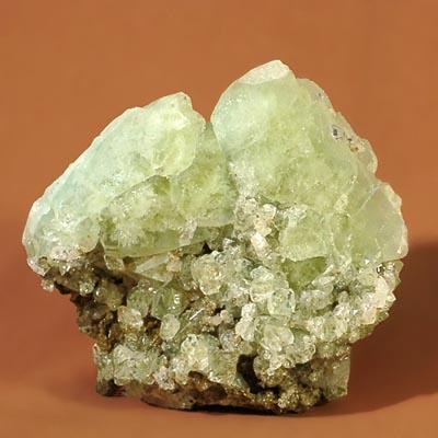 фотография минерала Датолит