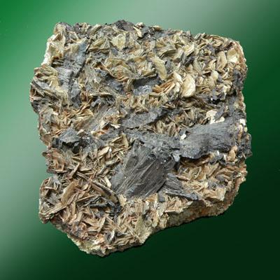 фотография минерала Гюбнерит