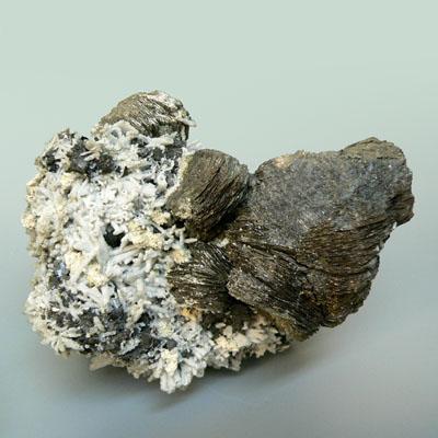 фотография минерала Буланжерит