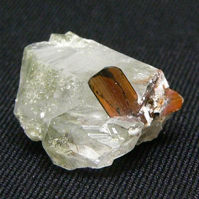 фотография минерала Брукит
