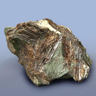 фотография минерала Лампрофиллит