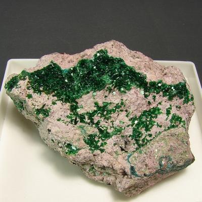 фотография минерала Торбернит
