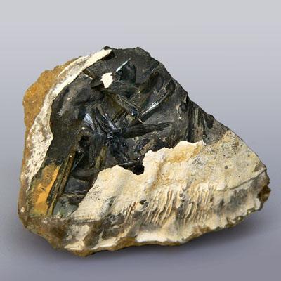 полезные ископаемые магматических месторождений