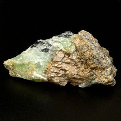 фотография минерала Брейнерит