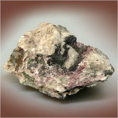фотография минерала Вадеит