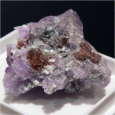 фотография минерала Рёмерит