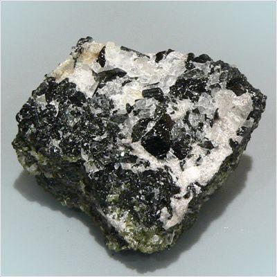 фотография минерала Магнезиокатафорит