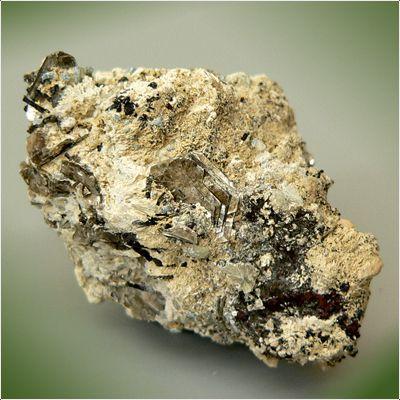 фотография минерала Тайниолит