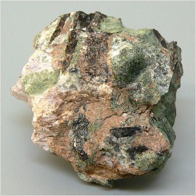 фотография минерала Тисиналит