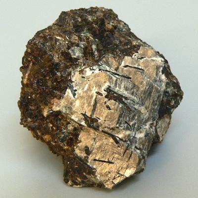 фотография минерала Дельхайелит