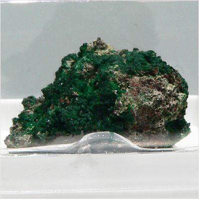 фотография минерала Эвхлорин