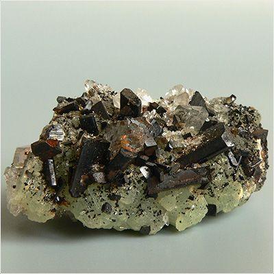 фотография минерала Бабингтонит