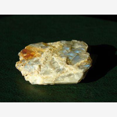 фотография минерала Лунный камень