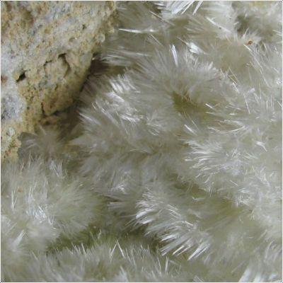 фотография минерала Апджонит