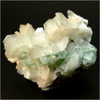 фотография минерала Гейландит-Са
