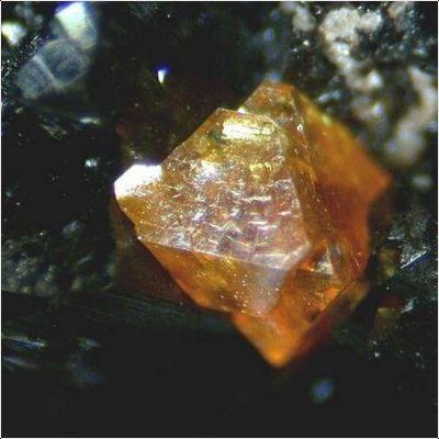 фотография минерала Натанит