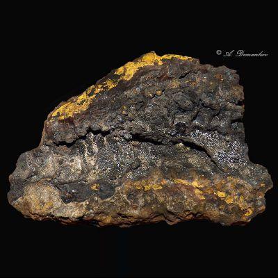 фотография минерала Рансьеит