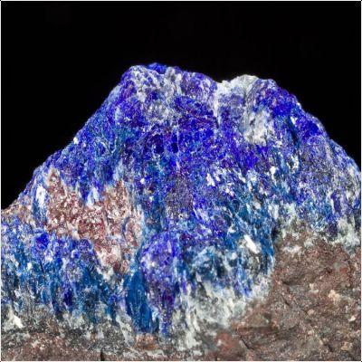 фотография минерала Лавинскиит