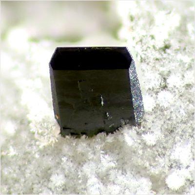 фотография минерала Перловит