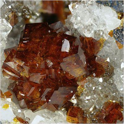 фотография минерала Бариофармакосидерит