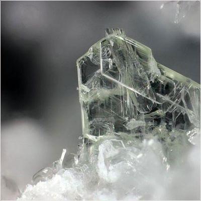 фотография минерала Кузелит