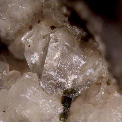 фотография минерала Монтесоммаит
