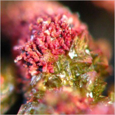 фотография минерала Мобиит