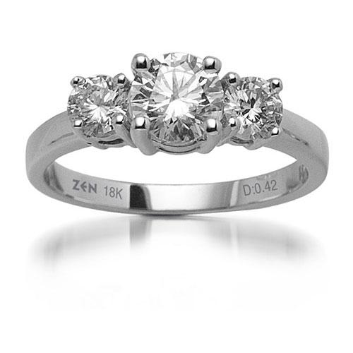 Такие модели кольца основное внимание обращают на драгоценные камни, а не  на металл. Бриллиант в данном случае помещается в углубление ... af1df7c6eb7