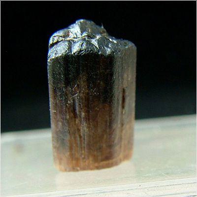 фотография минерала Баотит