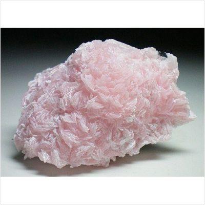 фотография минерала Бустамит