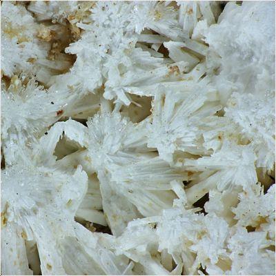 фотография минерала Брассит