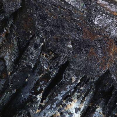 фотография минерала Тапиолит (Fe)