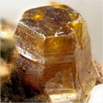 фотография минерала Паризит-(Ce)