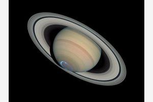 Американские исследователи открыли двадцать спутников Сатурна