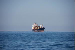 Угольный морской порт Шахтерск первым в Сахалинской области принял крупнейшее судно грузоподъемностью 206 тысяч тонн